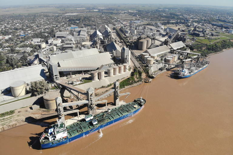 Seca no rio Paraná trava exportações da Argentina