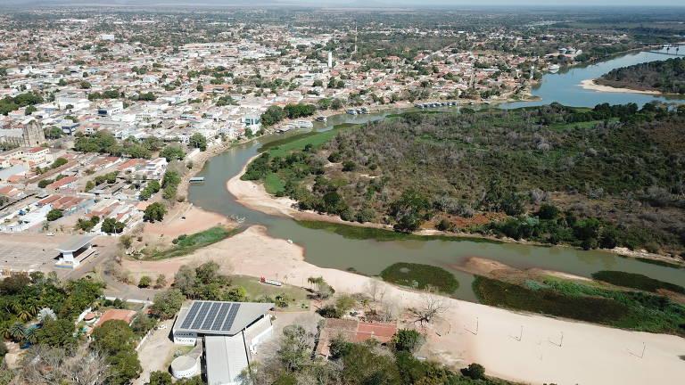 Seca histórica no rio Paraguai