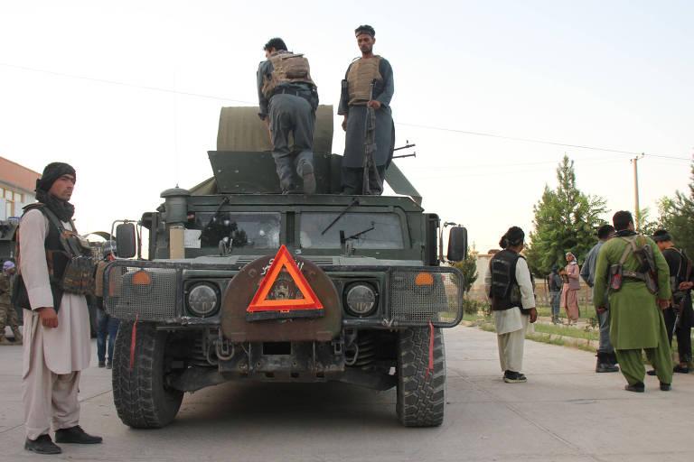 Taleban toma segunda capital do Afeganistão em menos de 24 horas