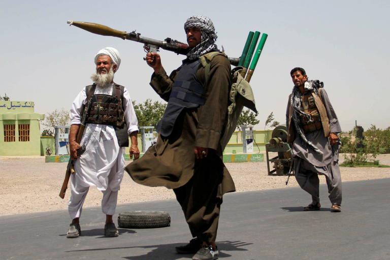 Taleban avança para tomar controle do Afeganistão