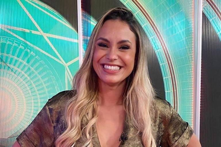 Sarah Andrade diz que já se vacinou e posta comprovante: 'Salva vidas'