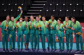 Volleyball - Women - Medal Ceremony