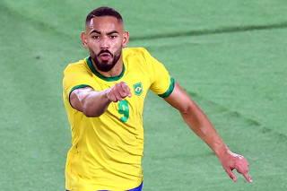 Soccer Football - Men - Gold medal match - Brazil v Spain