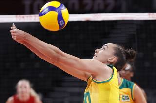 Volleyball - Women's Gold medal match - Brazil v The United States