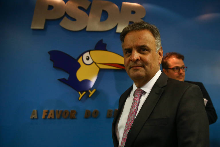Aécio diz que se absteve em votação da PEC do voto impresso porque quer recuperar o tema após 2022