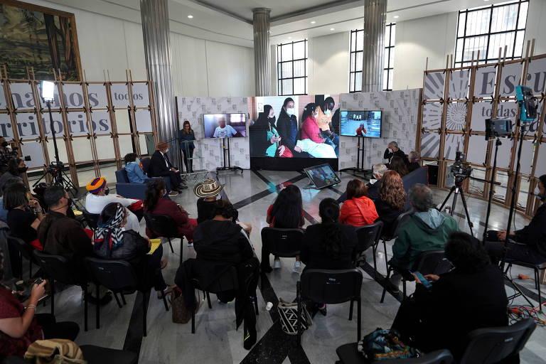 Farc recrutaram mais de 18 mil crianças, diz tribunal colombiano