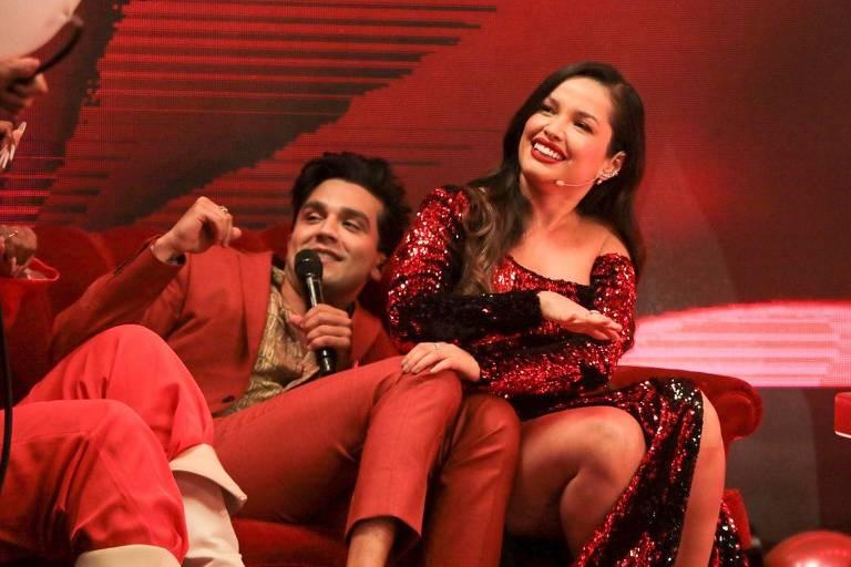 Luan Santana troca olhares com Juliette em live e fãs apontam romance