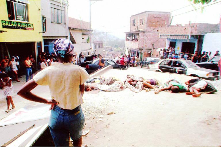 Polícia matou 26 pessoas em duas operações na favela Nova Brasília, entre 1994 e 1995