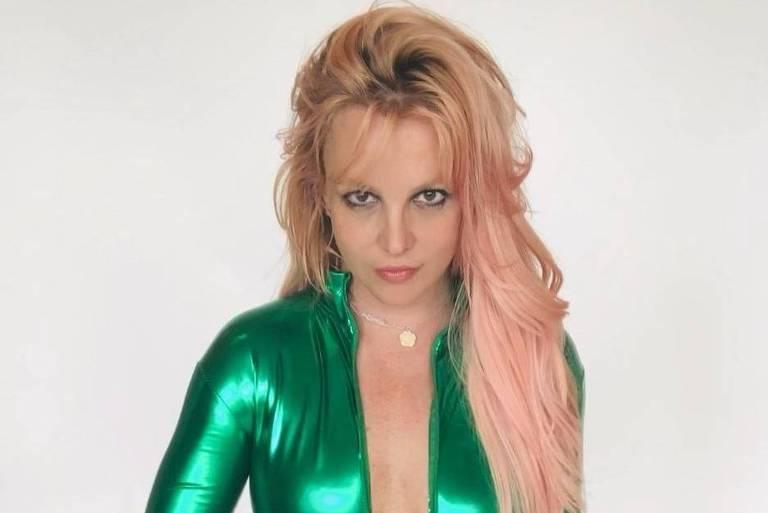 Pai de Britney Spears desiste de ser tutor da cantora após 13 anos
