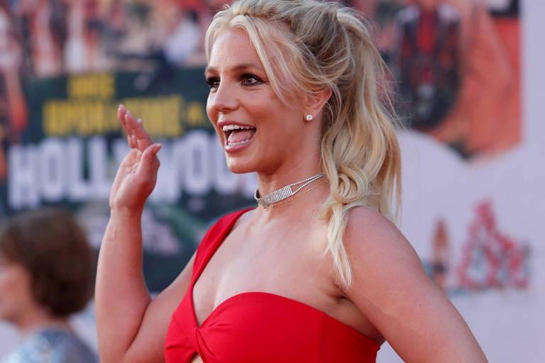 Britney Spears reflete sobre corpo e se diz mais feliz quando está gordinha