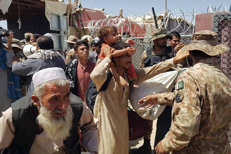 Taleban chega a 70 km de Cabul, e moradores se preparam para invasão