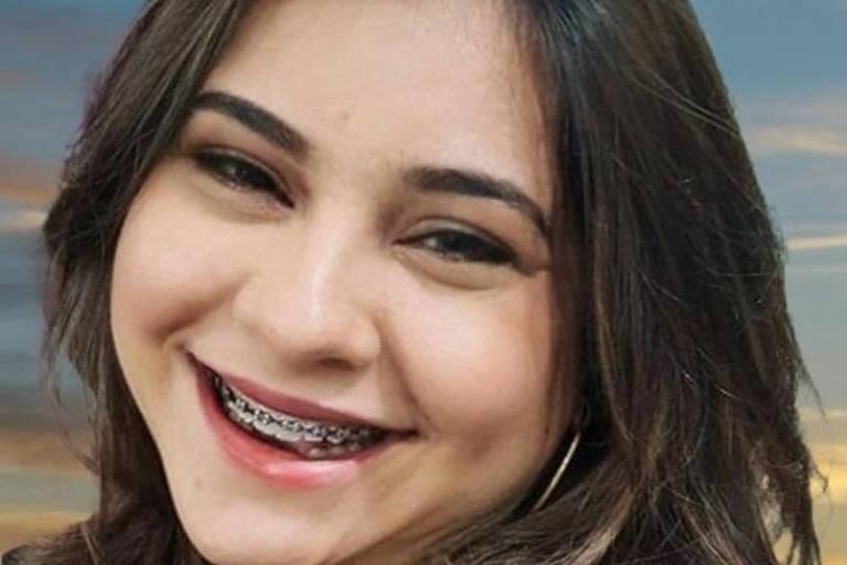 retrato de mulher que sorri