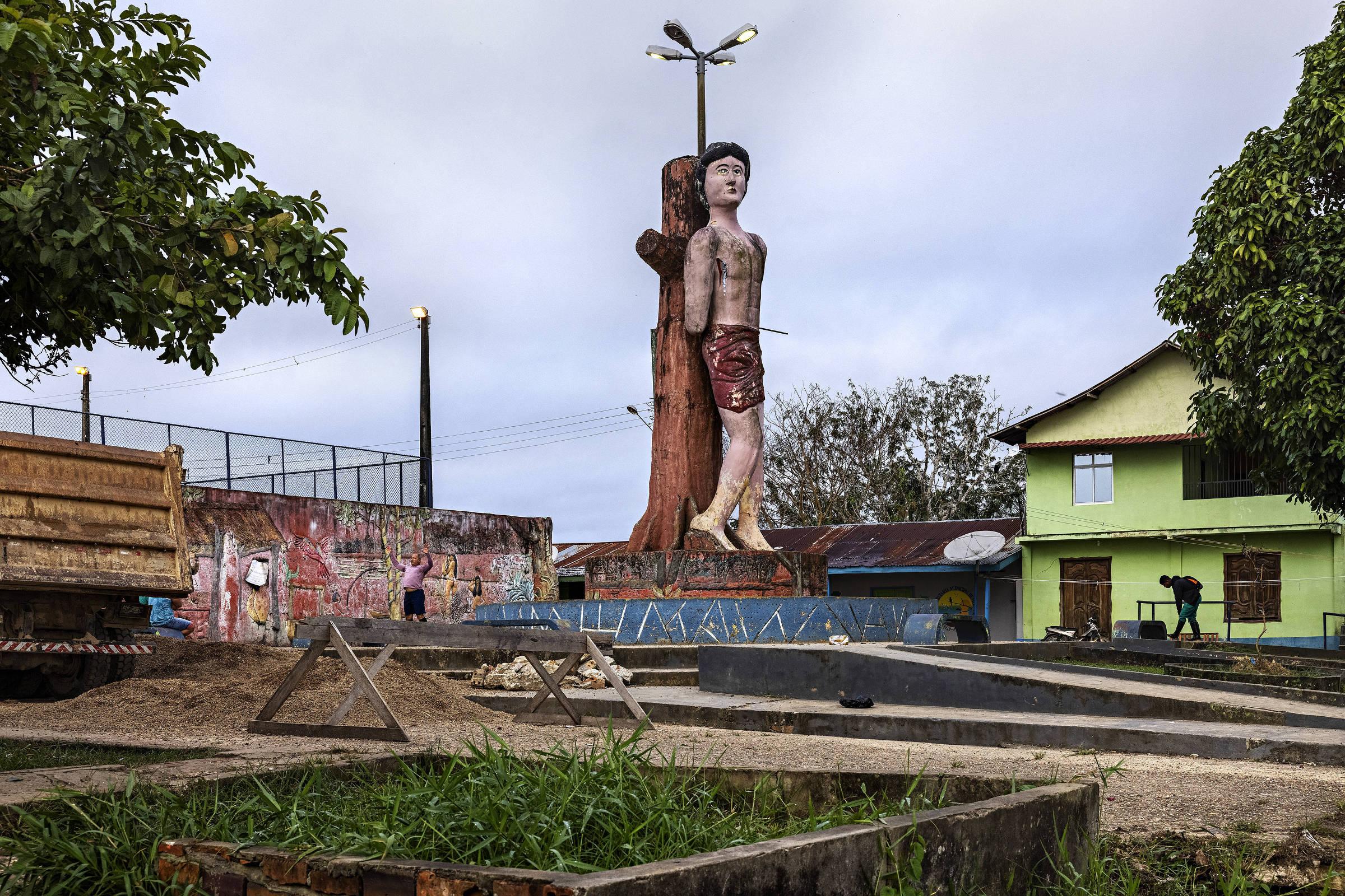 Estátua de São Sebastião, em Atalaia do Norte
