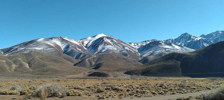 Centro de Ski Las Leñas em Mendoza, na Argentina; altas temperaturas e a falta de neve fazem com que muitos centros de esqui não possam abrir
