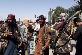 Xinhua Headlines: Negotiations underway between Afghan gov't, Taliban on power transfer