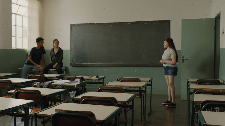 Confira cenas do filme nacional 'Valentina'