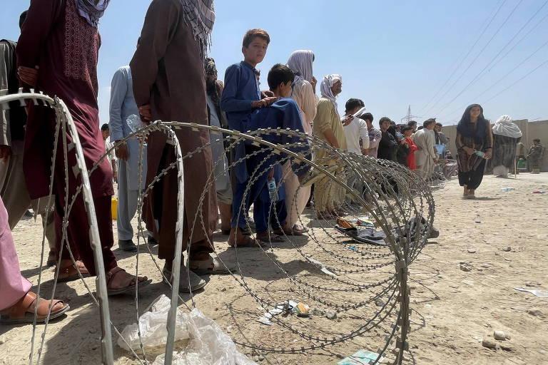 'Eu seria o primeiro a ser levado pelo Taleban', diz diplomata que fugiu