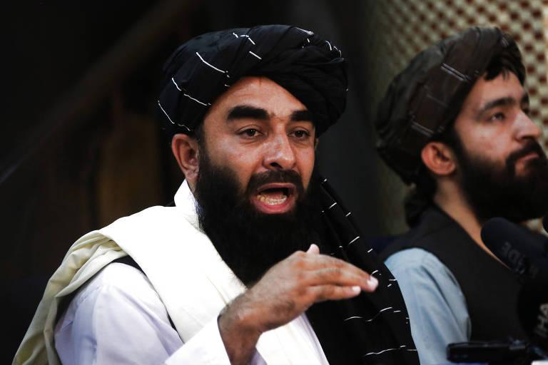 Facebook proíbe Taleban, e volta do grupo extremista traz desafio para redes sociais