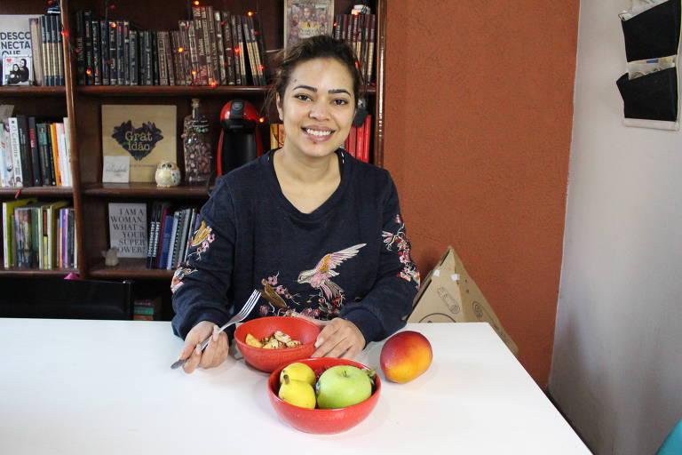 A diretora de marketing Juliana Umbelino Borges, 31, prefere uma alimentação saudável para se ver livre de problemas de saúde no inverno