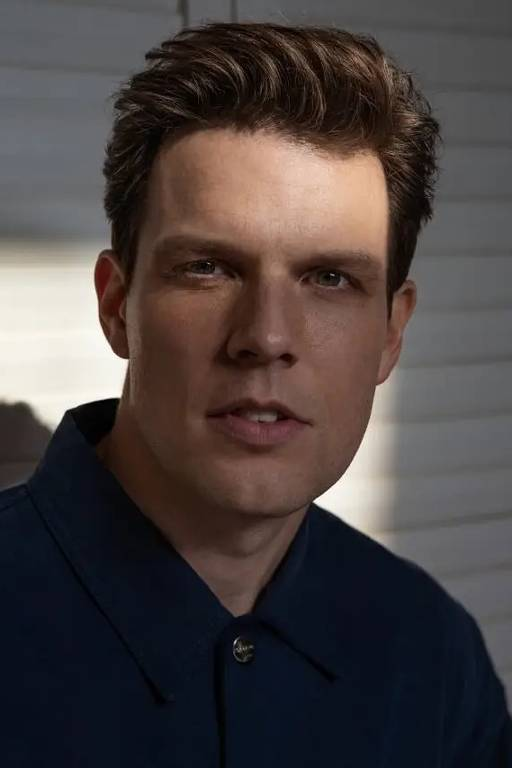 Imagens do ator Jake Lacy