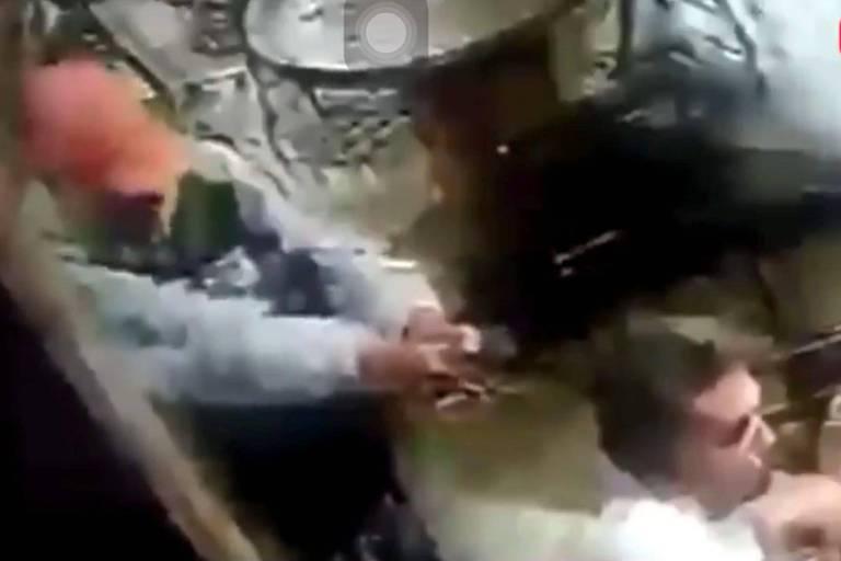 Adolescente tenta matar ex-professor na BA, mas arma falha três vezes; veja vídeo