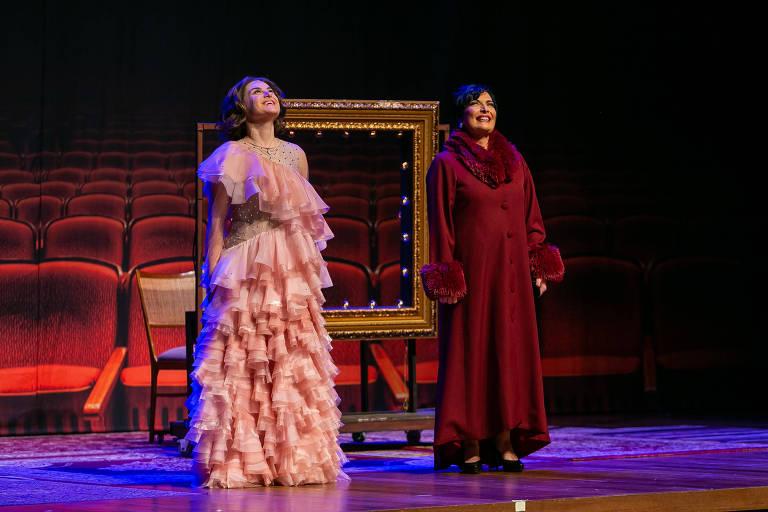 Alessandra Maestrini e Mirna Rubim contracenam em 'O Som e a Sílaba', musical escrito e dirigido por Miguel Falabella