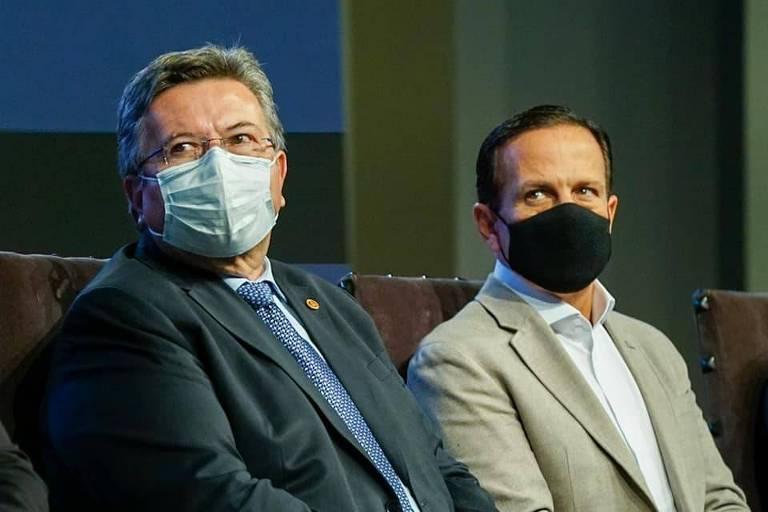 O presidente da Assembleia de SP, Carlão Pignatari (PSDB), e o governador João Doria (PSDB) em evento no Palácio dos Bandeirantes