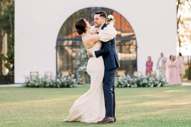 Andressa e Nasser, do BBB 13, se casam: 'Moramos juntos há muitos anos'