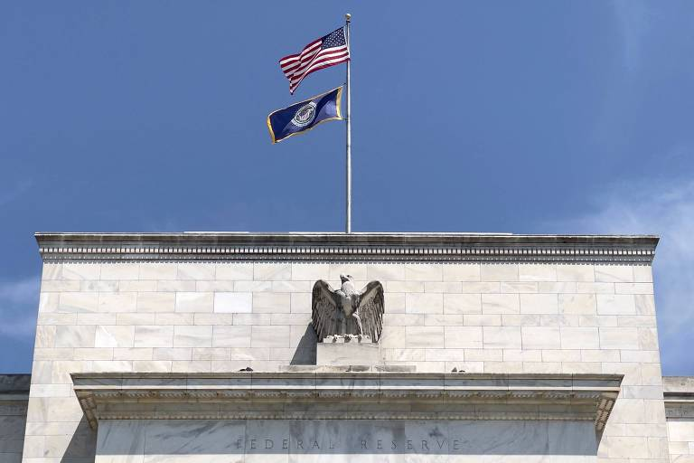 Sinal que acende nos EUA pode valorizar bancos aqui