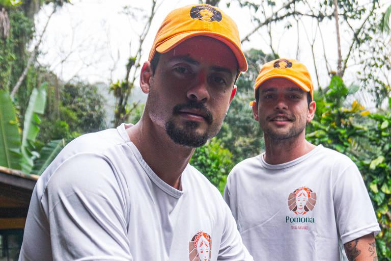 Pedro Leitão (à esq.) e Caio Scarton, da sucos Pomona, empresa de Camburi