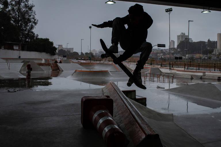 Skate em São Paulo ocupa praças, e pistas viram refúgio contra o preconceito