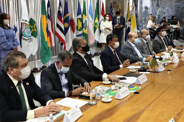 Governadores se reúnem em busca de harmonia entre Poderes