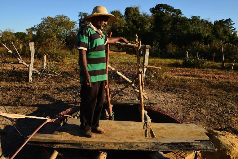 O produtor rural Seo José Palma, 57, morador da comunidade Santa Luzia