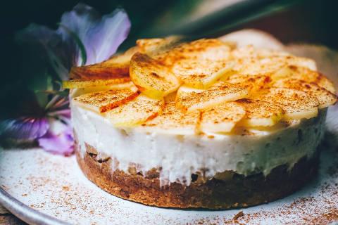 Torta de maçã com receita de Patricia Helú, autora do livro