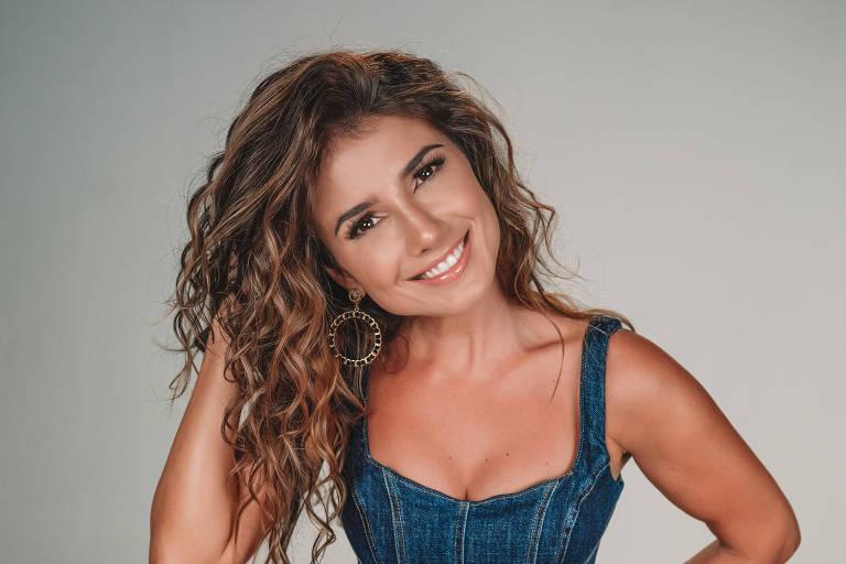 Paula Fernandes confirma participação em álbum de Sérgio Reis: 'Decisão artística'