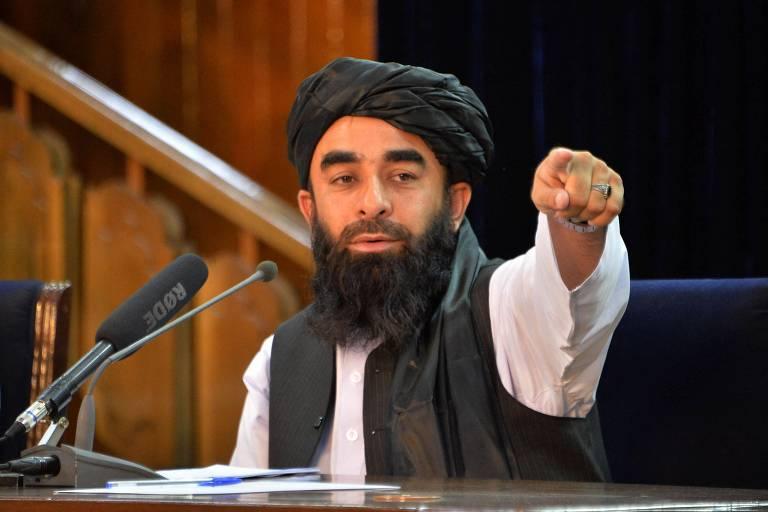 Biden mantém prazo e acelera retirada de Cabul após ameaças do Talibã