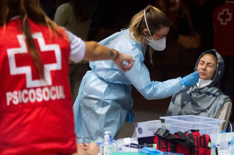 Coronavírus agrava crise no Afeganistão