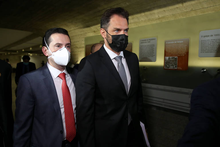 Diretor de empresa investigada confirma à CPI contatos com Barros, mas nega ter tratado de vacinas