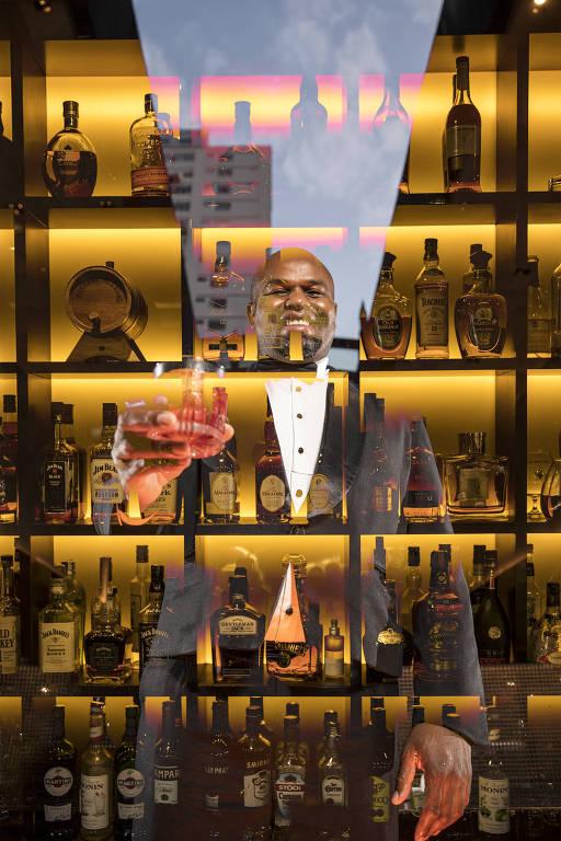 No cardápio do bar do Fasano, há 32 drinques e cerca de 300 rótulos disponíveis