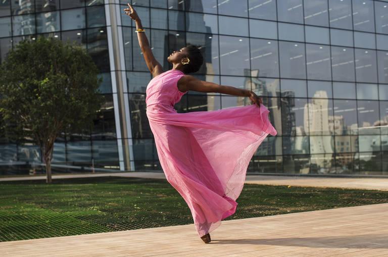 Bailarina Ingrid Silva