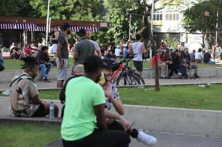 MOVIMENTACAO DE FERIADO DE TIRADENTES EM SAO PAULO