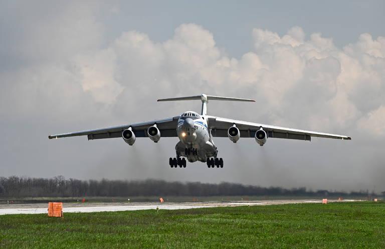 Aviões militares na retirada do Afeganistão