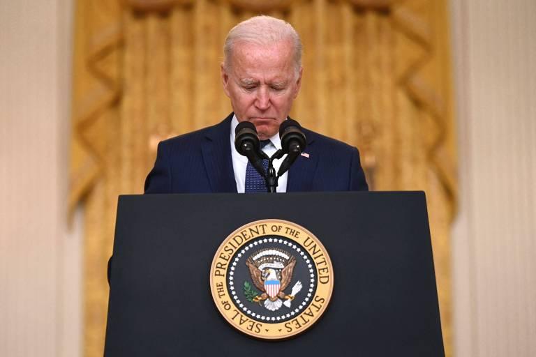 Biden demonstrou coragem das próprias convicções ao sair do Afeganistão, diz cientista político