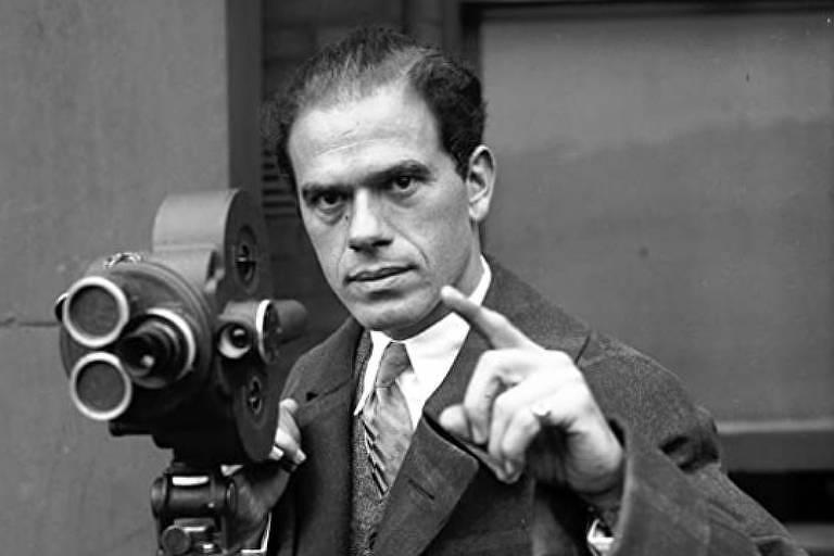 Saiba onde ver filmes de Frank Capra, o diretor do sonho americano