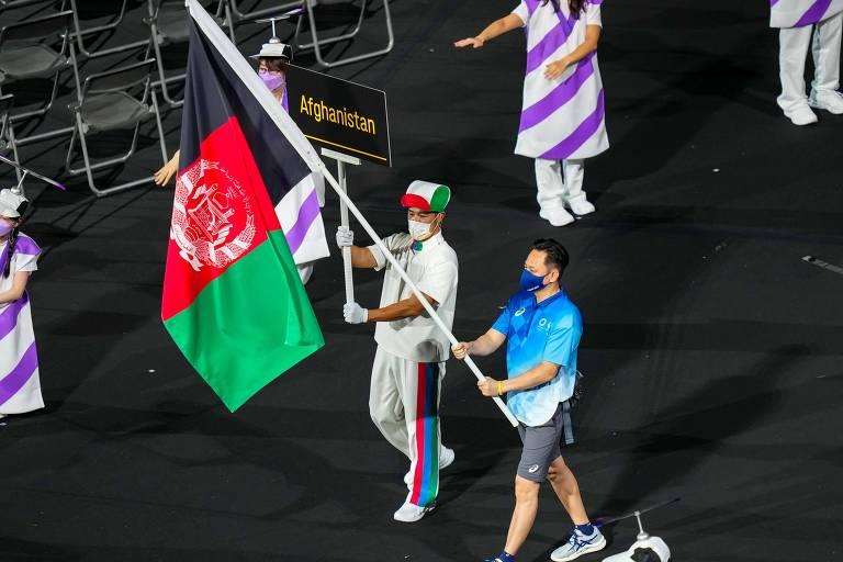 Atletas do Afeganistão chegam a Tóquio para disputar Paralimpíadas