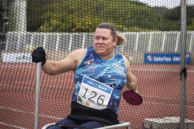 Beth Gomes, ouro nas Paralimpíadas, fez do esporte seu combustível de vida
