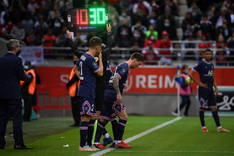 Messi entra no lugar de Neymar e estreia pelo PSG em dia de Mbappé