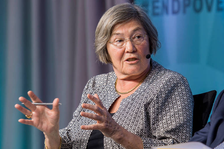Talibã mudou em 20 anos e é preciso negociar, diz ex-ministra britânica