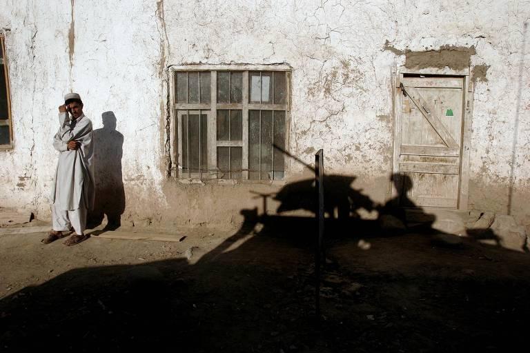 Vida de jornalista afegão espelha trajetória dos EUA no país após 11 de Setembro