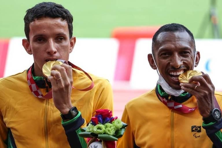 Brasil conquista 100ª medalha de ouro em Paralimpíadas com recorde mundial